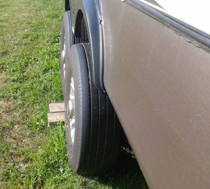 Wheels Protruding 3